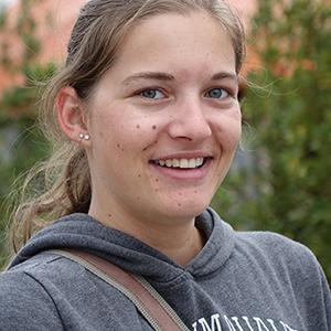 Iris Hirschböck